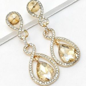 Jewelry - Champagne Crystal Earrings